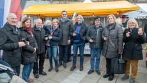Le maire de Denkendorf et les organisateurs